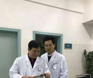 德医双馨 医术高明-----记襄城县人民医院